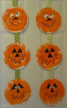 21 Awesome DIY Classroom Halloween Craft Ideas 02