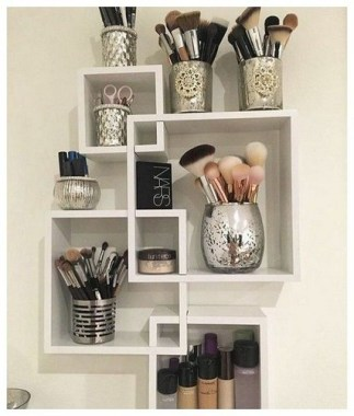 21 Pretty Chic DIY Makeup Storage Ideas For An Inexpensive One 23
