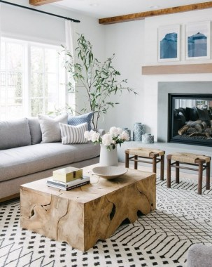 22 Adorable Living Room Decor Ideas With Coastal Touches 30
