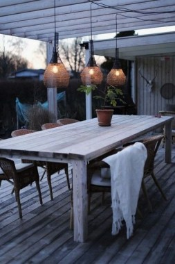 20 Affordable And Easy Summer Lights For Your Outdoor Decoration 16