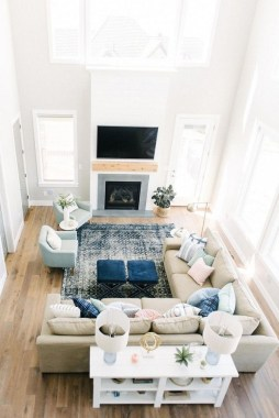 22 Inspiring Living Room Layouts Ideas With Sectional 07