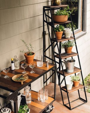23 Beautiful Pots And Planters To Beautify Your Small Spaces 14