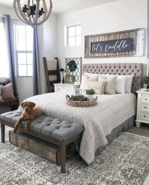 23 Best Modern Farmhouse Bedroom Decor Ideas 03