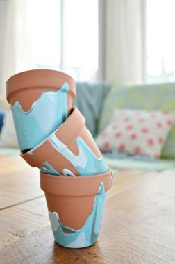26 Creative DIY Clay Flower Pot Craft Ideas 23