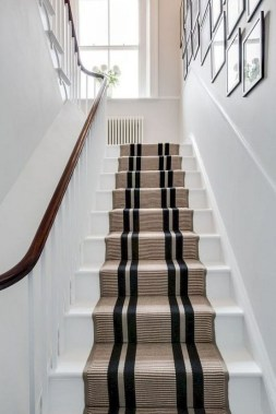 27 Carpeted Staircase Ideas That Will Add Texture And Warmth To Your Home 18