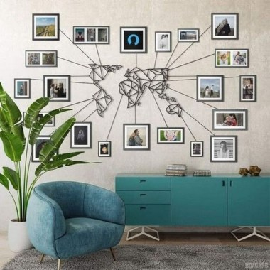 28 Creative Ways To Fill Your Plain Walls By Showing Off Your Mini Photo Collections 01