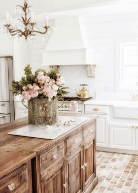 30 Best French Country Kitchen Design Ideas To Inspire You 05