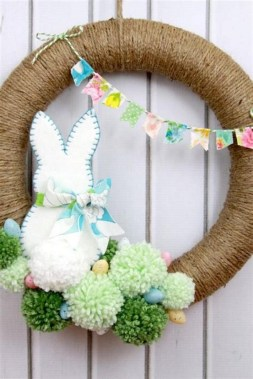 33 Beautiful Spring Wreath To Make It Yourself At Home 04