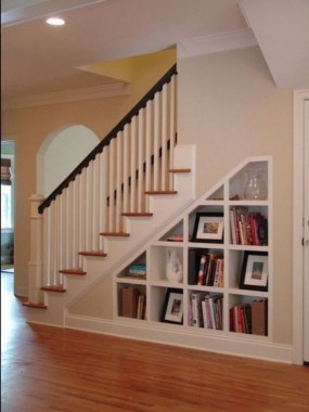 34 Creative And Amazing Ways To Use The Space Under Your Stairs 30