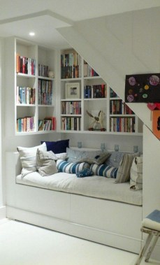 35 Cozy Nook Ideas To Sip On A Cup Of Tea And Read A Good Book 36