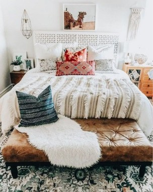 35 Creative Bedroom Decoration Ideas For A New Spring Looks 04