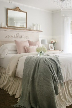 35 Creative Bedroom Decoration Ideas For A New Spring Looks 33