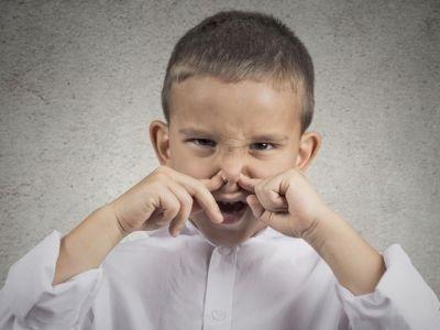 رائحة الفم الكريهة عند الاطفال