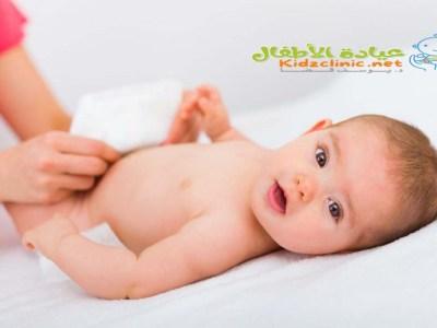 لون براز الرضيع