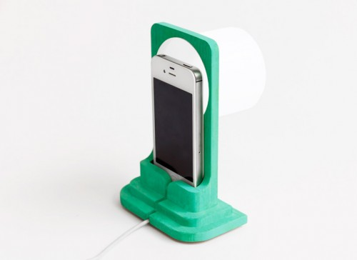 raw-edges-smartlight-ready-made-iphone-lamps-designboom09