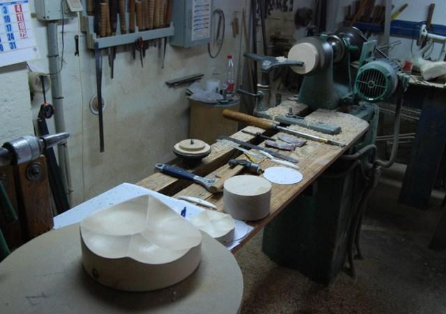 Tại xưởng sản xuất: sản phẩm thành hình