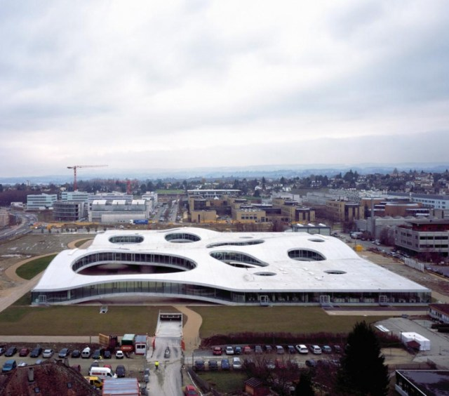 Rolex Learning Centre / SANAA