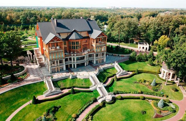 ГПУ намерена арестовать имущество третьего президента Ющенко в рамках дела по Межигорью