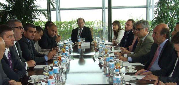 مدير إل باييس: أمامكم سمبريرو اسألوه إن كنا نأمره بشيء ما حول المغرب