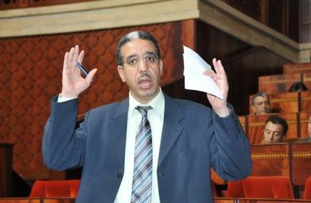 وأخيرا.. بنكيران يأمر وزير التجهيز والنقل بالإفراج عن لوائح مقالع الرمال