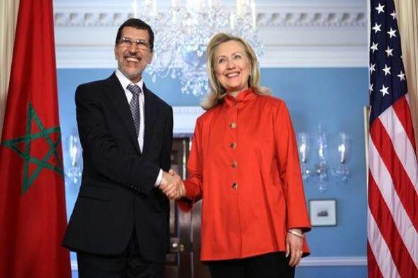 """هيلاري كلينتون تلغي زيارتها إلى المغرب بسبب """"المعدة"""".. ما يكون باس"""