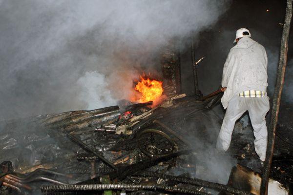 الداخلة.. النيران تلتهم 300 بيت قصديري