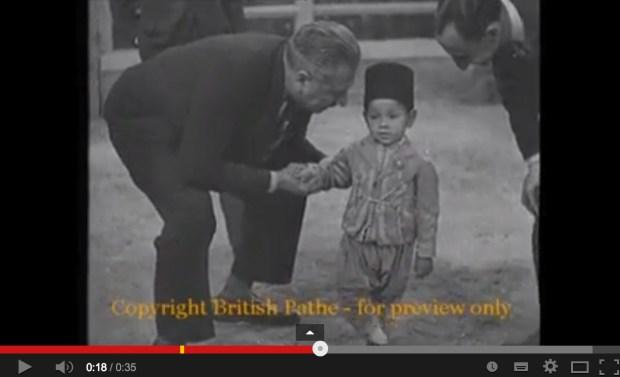 تاريخ.. طفولة الحسن الثاني