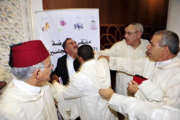 """بعد """"معركة العضة"""" في البرلمان.. عبد القادر الكيحل في قفص الاتهام"""