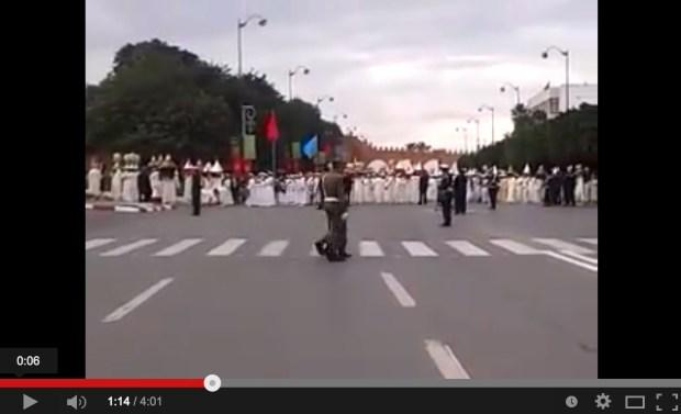 زفاف الأمير مولاي رشيد.. الملك يترأس حفل تقديم التهاني والهدية (فيديو)