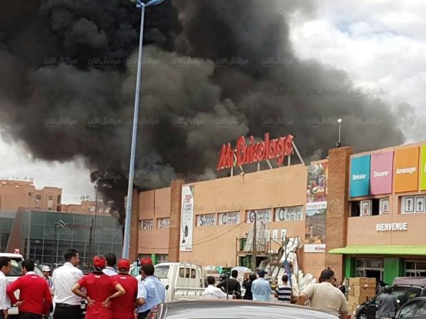 مراكش.. حريق مهول في محل مسيو بريكولاج (صور)