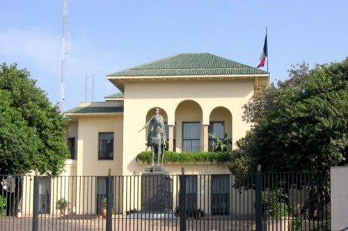 تضامنا مع ضحايا مجزرة نيس.. دقيقة صمت أمام القنصلية الفرنسية في كازا