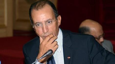 أفتاتي يسائل وزير الداخلية: من هم خدام الدولة؟