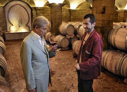 مكناس.. وفاة زنيبر أشهر صانع للخمور في المغرب