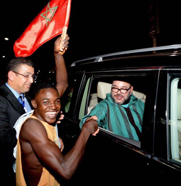 الملك في غينيا.. مباحثات واتفاقيات