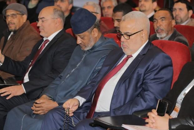 البلوكاج الحكومي.. مستشار من البام يطالب البرلمان بطلب التحكيم الملكي