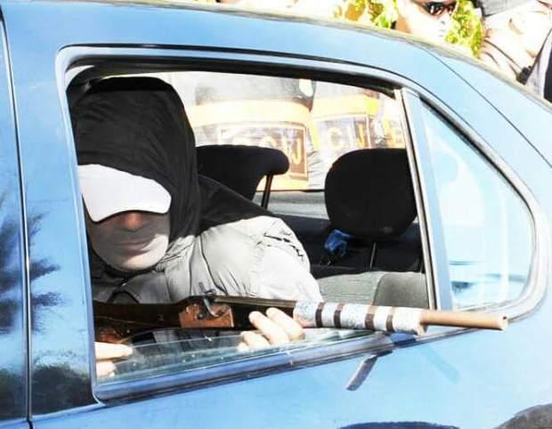 بالصور.. تمثيل جريمة قتل البرلماني مرداس