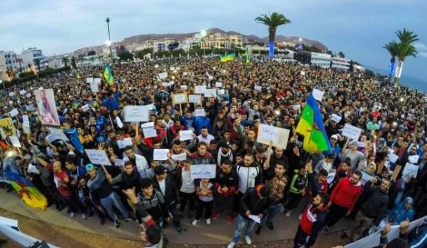 احتجاجا على تصريحات الأغلبية الحكومية.. إضراب عام في الحسيمة والزفزافي كيخلع الناس