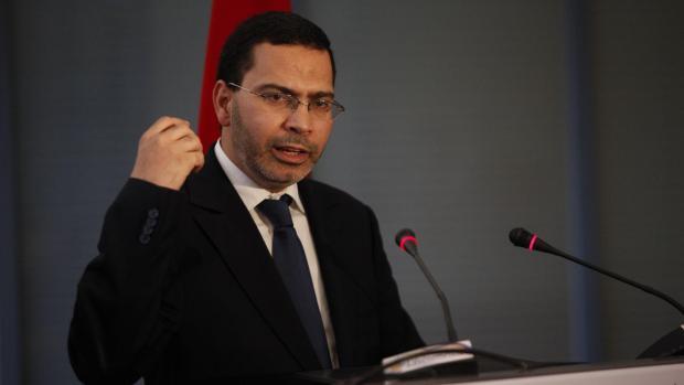 الخلفي يؤكد أن رفع الدعم سيتم تدريجيا.. البوطا والسكر مدوّخين الحكومة