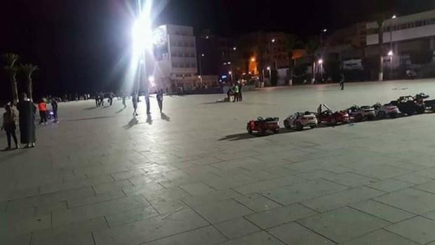 """قوات الأمن خوات ساحة """"الشهداء"""" فالحسيمة.. الفرج قريب؟ (فيديو)"""