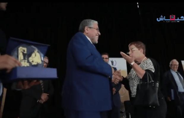 محامية للرميد: كنت تسلم على العيالات فاش كنتي وزير دابا فاش وليت وزير دولة ما بقيتيش!(فيديو)
