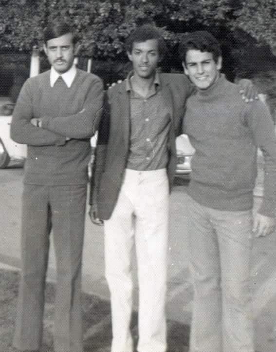 الأول من اليمين.. ابن كيران يّامات الصغر