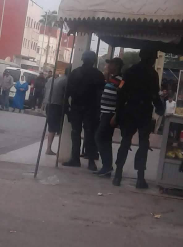 """بالصورة من سيدي بنور.. رجال الخيام يعتقلون """"مول الزريعة""""!"""