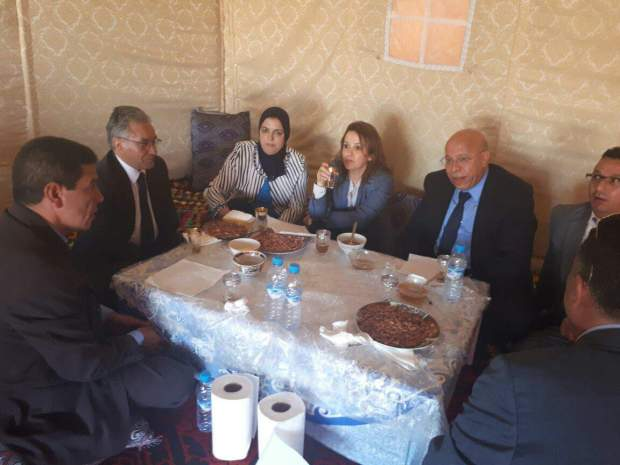 بالصور من بولمان.. ناس منطقة الظهرة فرحانين بأفيلال أول وزيرة كتجي عندهم