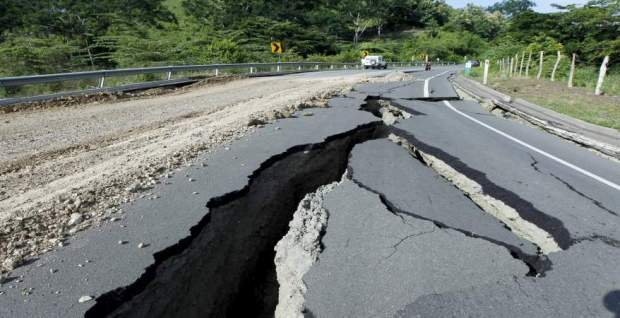 خايفين من تسونامي.. زلزال بقوة 8 درجات يضرب جنوب المكسيك