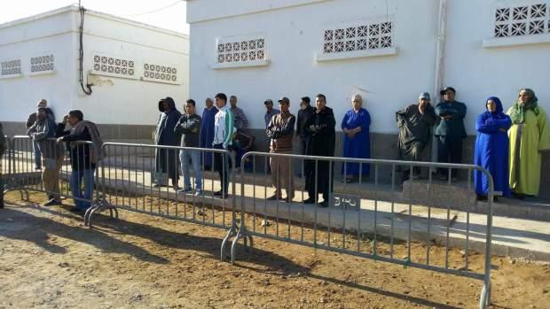 بالصور من الصويرة.. في انتظار جثث ضحايا الفاجعة