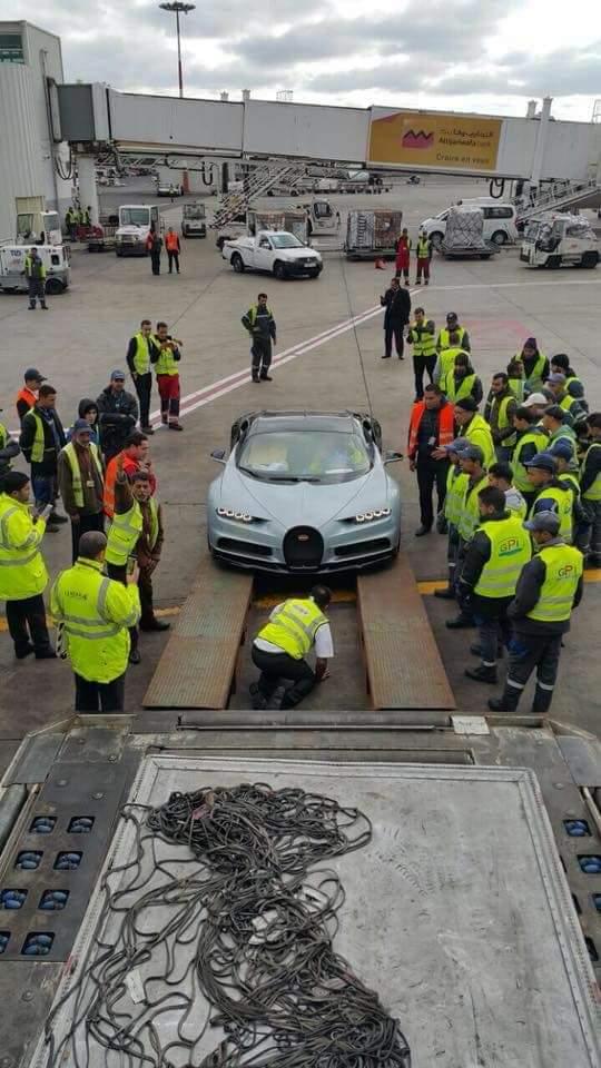 بالصور من مطار محمد الخامس/ كازا.. أسرع سيارة في العالم دخلات للمغرب