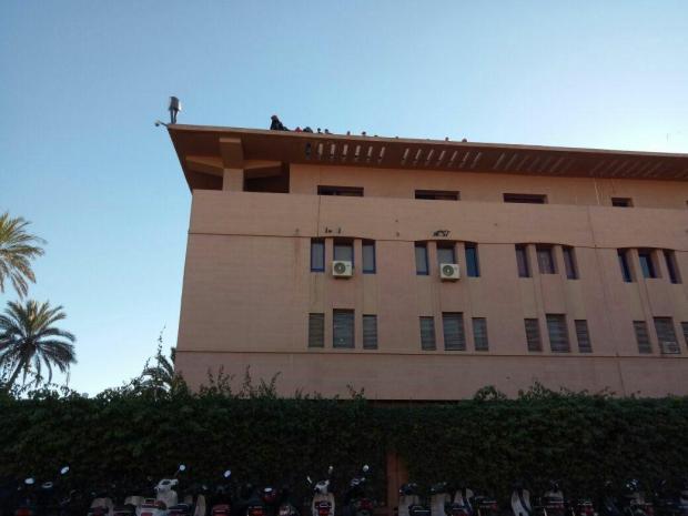 خطأ مهني وتنقيل وأزمة نفسية.. أسباب محاولة شرطي الانتحار في مراكش