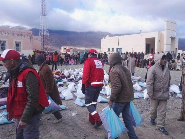 موجة البرد والثلوج.. الهلال الأحمر يخصص مساعدات لفائدة 3500 أسرة