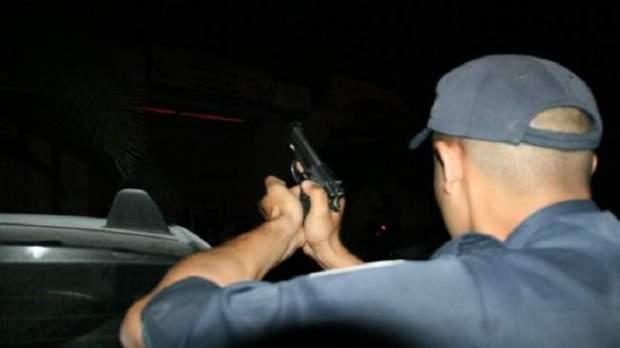 واحد ضرب بوليسي بحجرة والثاني هاز موس.. إطلاق الرصاص لتوقيف شقيقين في آسفي
