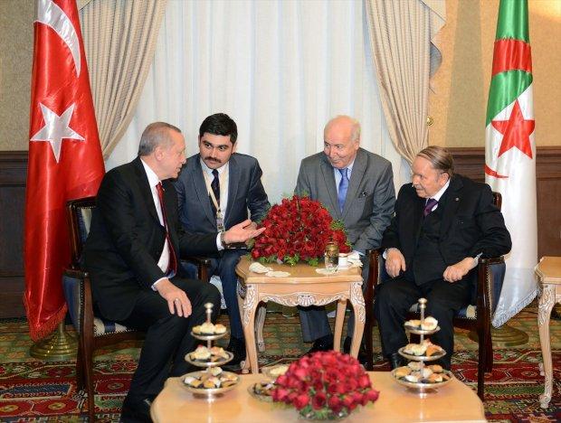 استقبل الرئيس التركي.. بوتفليقة يظهر من جديد (فيديو)